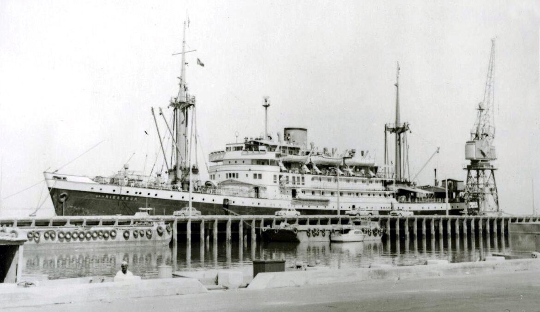 The Van Riebeeck and the floating trade fair moored in Kuwait, 1960. Source: Maritiem Digitaal/Het Scheepvaartsmuseum