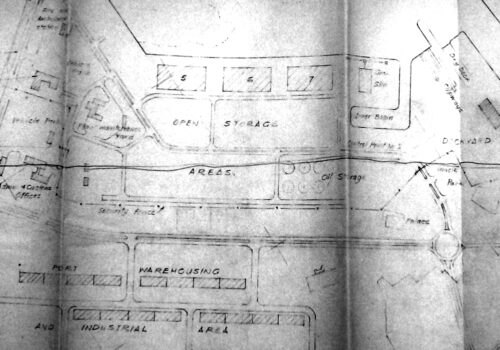 A preliminary plan for Port Rashid, dated 1967. The roundabout under discussion, lower right, leads to the undulating coast that would be extended for the project. A second, more crucial roundabout would be installed further left (south) to serve arriving quarry deliveries from inland. This drawing will be discussed in more detail in a later dispatch.