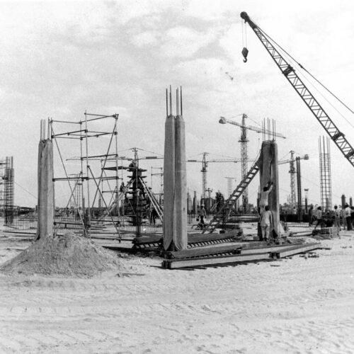 Aboveground construction of World Trade Centre, December 1975. Source: Sunley, courtesy Stephen Finch
